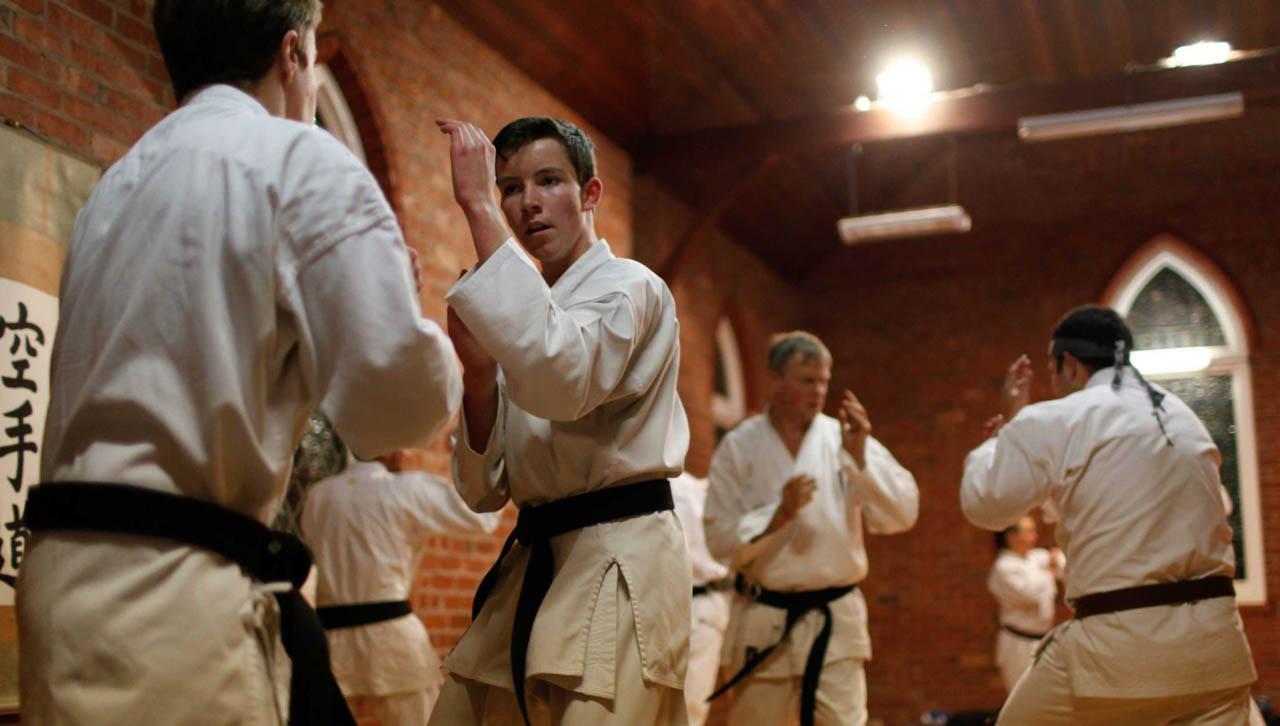 Karate Nasıl Yapılır